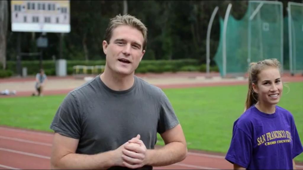 VIDEO%3A+Sports+reporter+Mike+Bebernes+races+freshman+track+star+Paxton+Cota