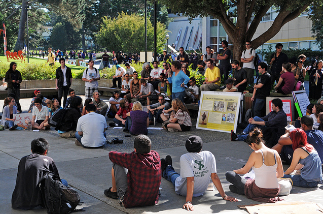 Occupy+SF+movement+comes+to+SF+State%2C+students+begin+to+organize