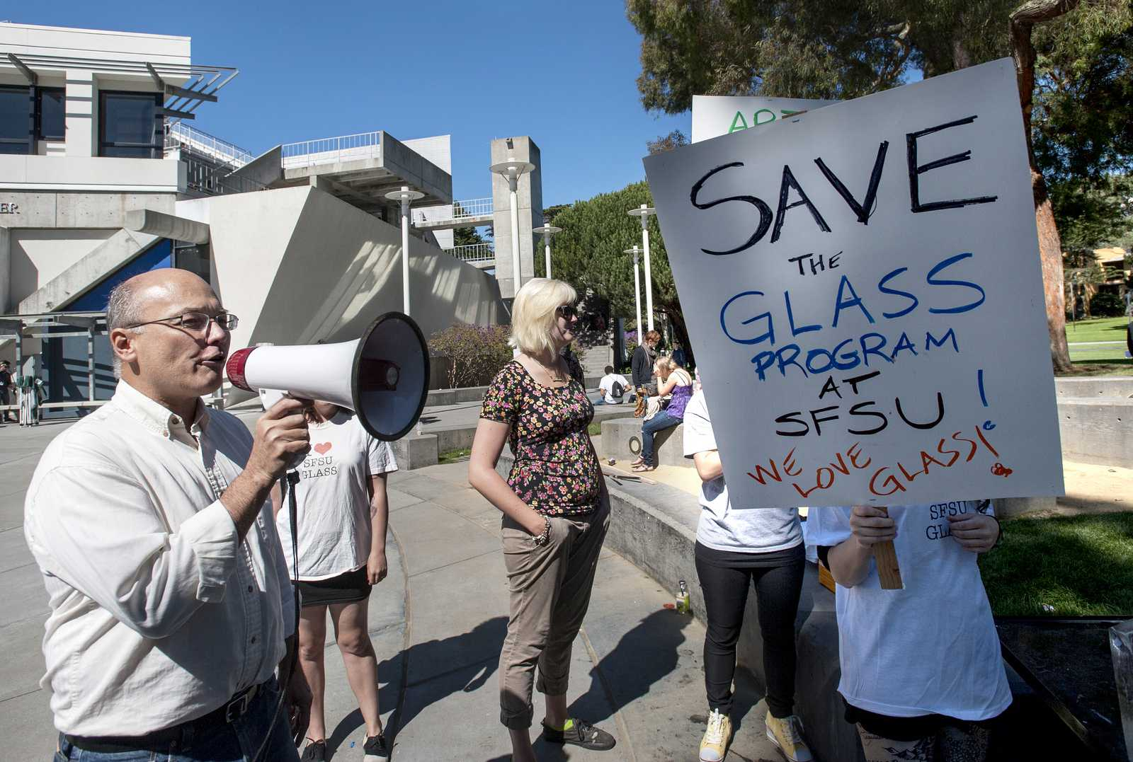 Glass class cancelation protest rallies small group