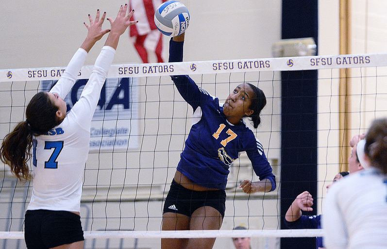 Women's volleyball loses both matches in home opener