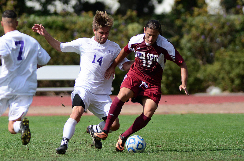 Men's soccer takes a loss, yellow cards at Chico game