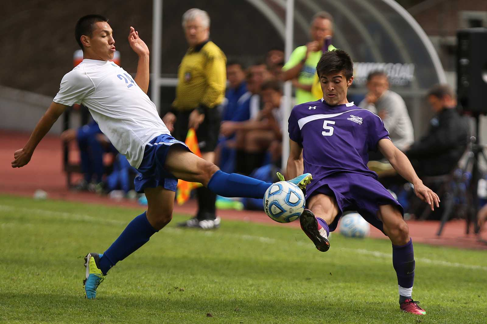 Carlos Bailon, left, and Matias Rodriguez fight for control of the ball at Cox Stadium during the second half of the game between the SF State Gators and the Cal State San Bernardino Coyotes on Nov. 3. Photo by John Ornelas / Xpress