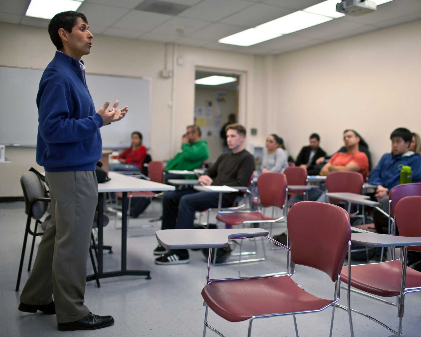 Ex-con teaches prison reform class at SF State