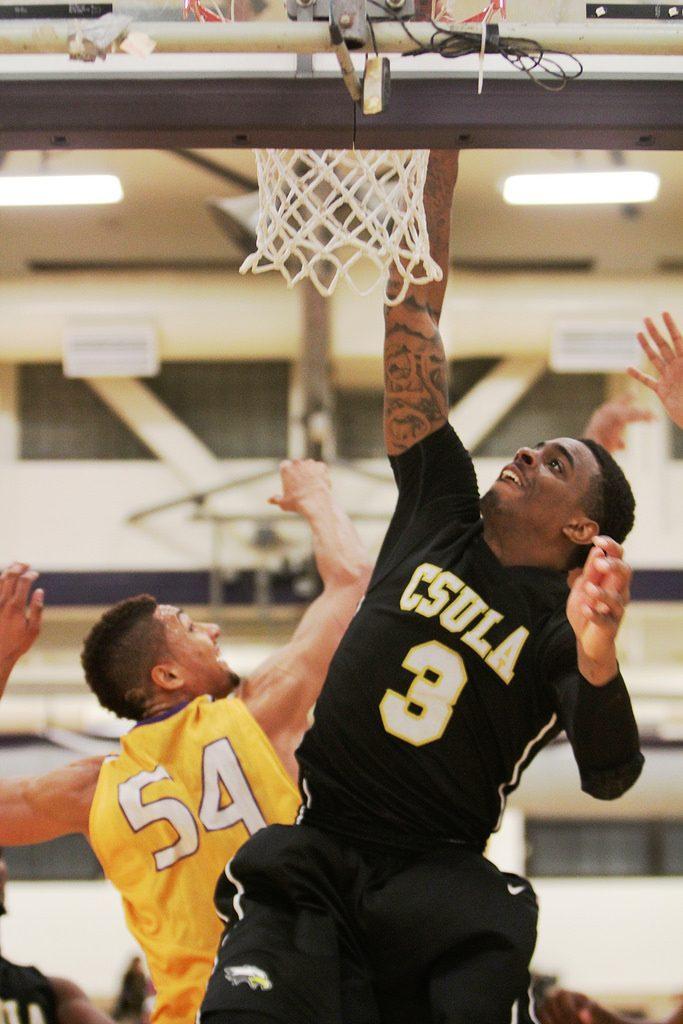 Men's basketball sweeps weekend games