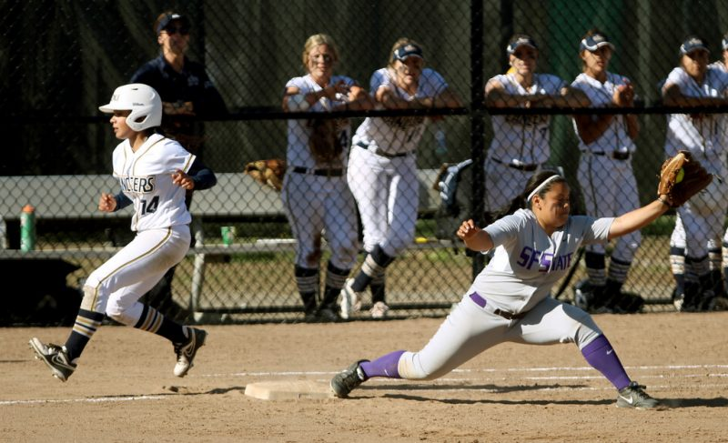Softball faces loss in doubleheader with Cal Baptist