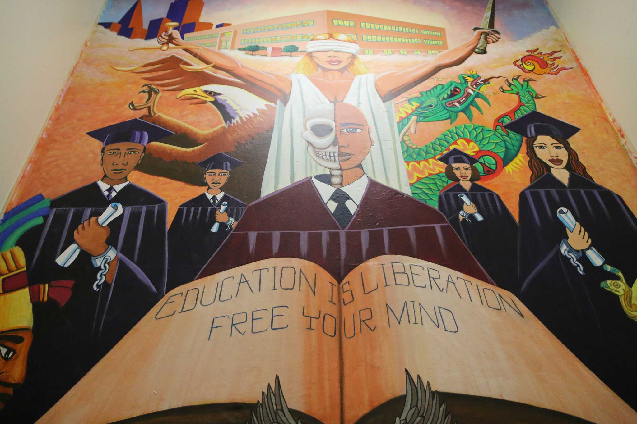 Carlos Gonzalez's mural can be found at the Juvenile Justice Center in San Francisco. (Marlene Sanchez / Xpress)