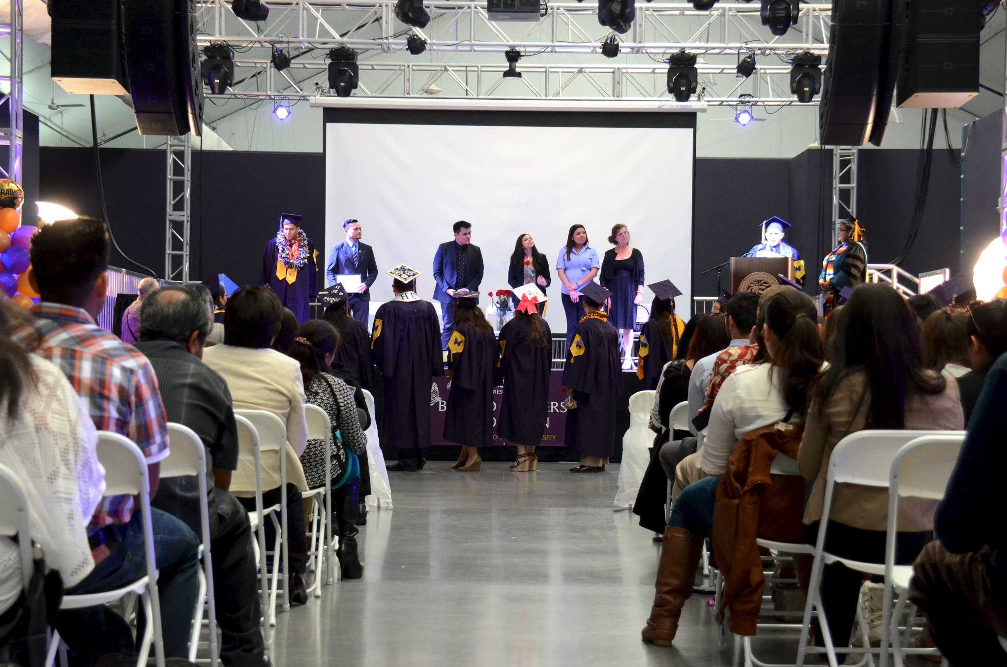 Undocumented graduates celebrate at first annual Beyond Borders ceremony