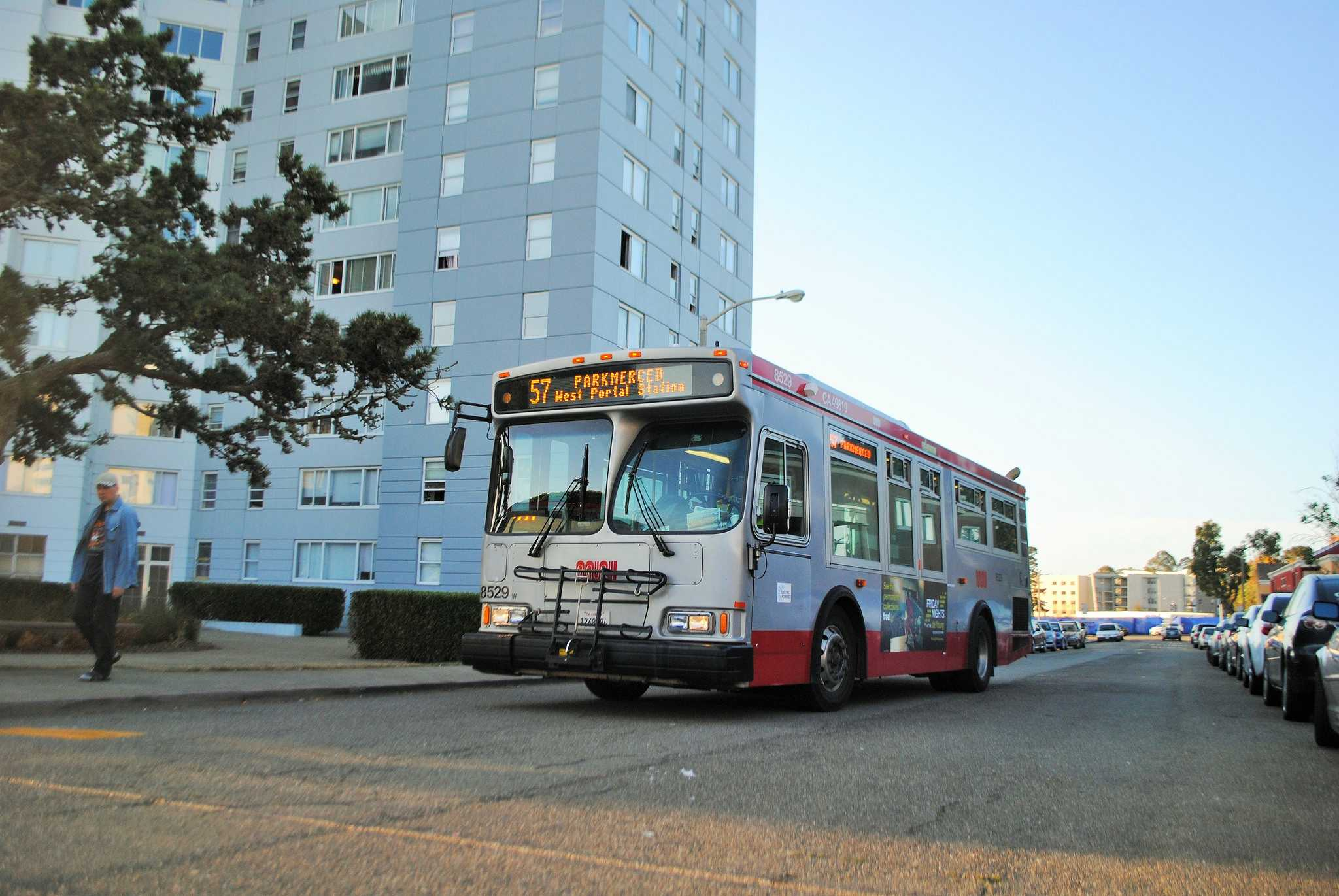 The 57 Park Merced bus approaches its stop on Arballo Drive and Acevedo Ave. Wednesday, Sept. 8, 2015. (Imani Miller / Xpress)
