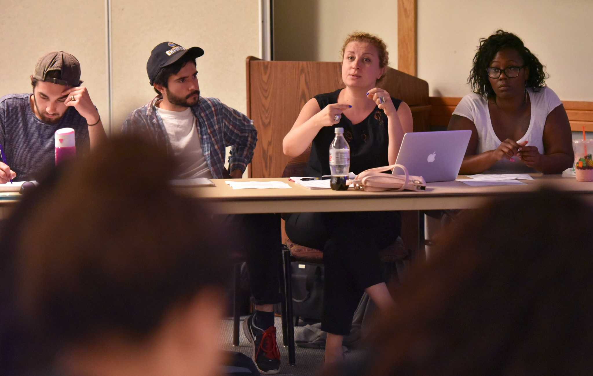 Associated Students, Inc. board of directors dialogue with students during historical organizations & finance committee meeting held by ASI at Cesar Chavez Student Center Monday, Oct. 5. (Qing Huang/Xpress)