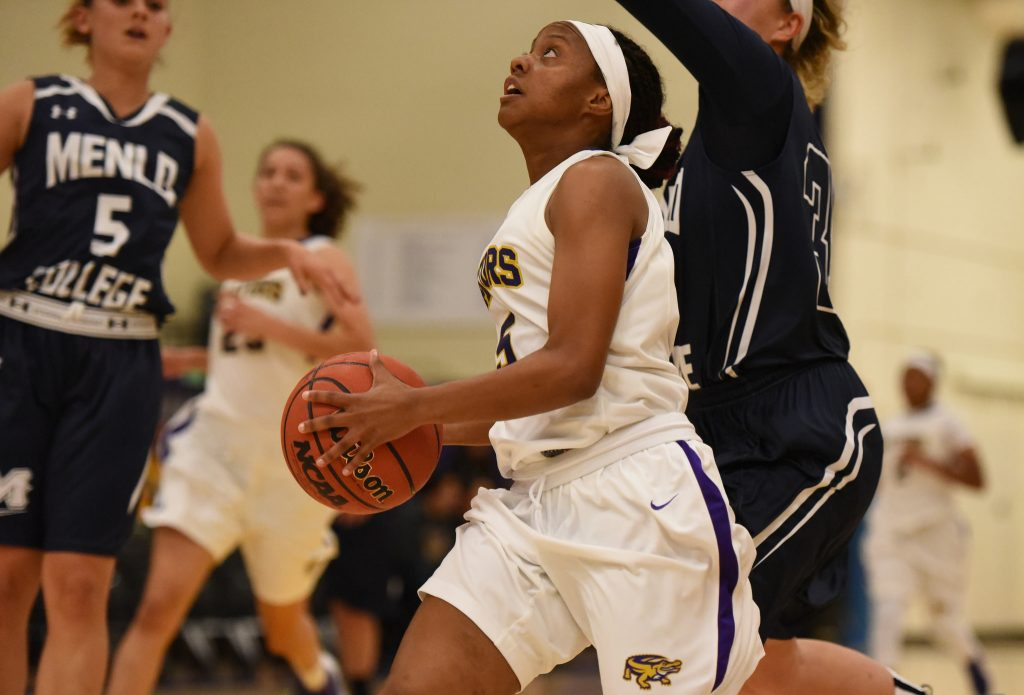 SF State Gators forward Tiana Henry (5) shoots the ball in an exhibition game against the Menlo College Oaks at The Swamp Thursday, Nov. 5. (David Henry / Xpress)