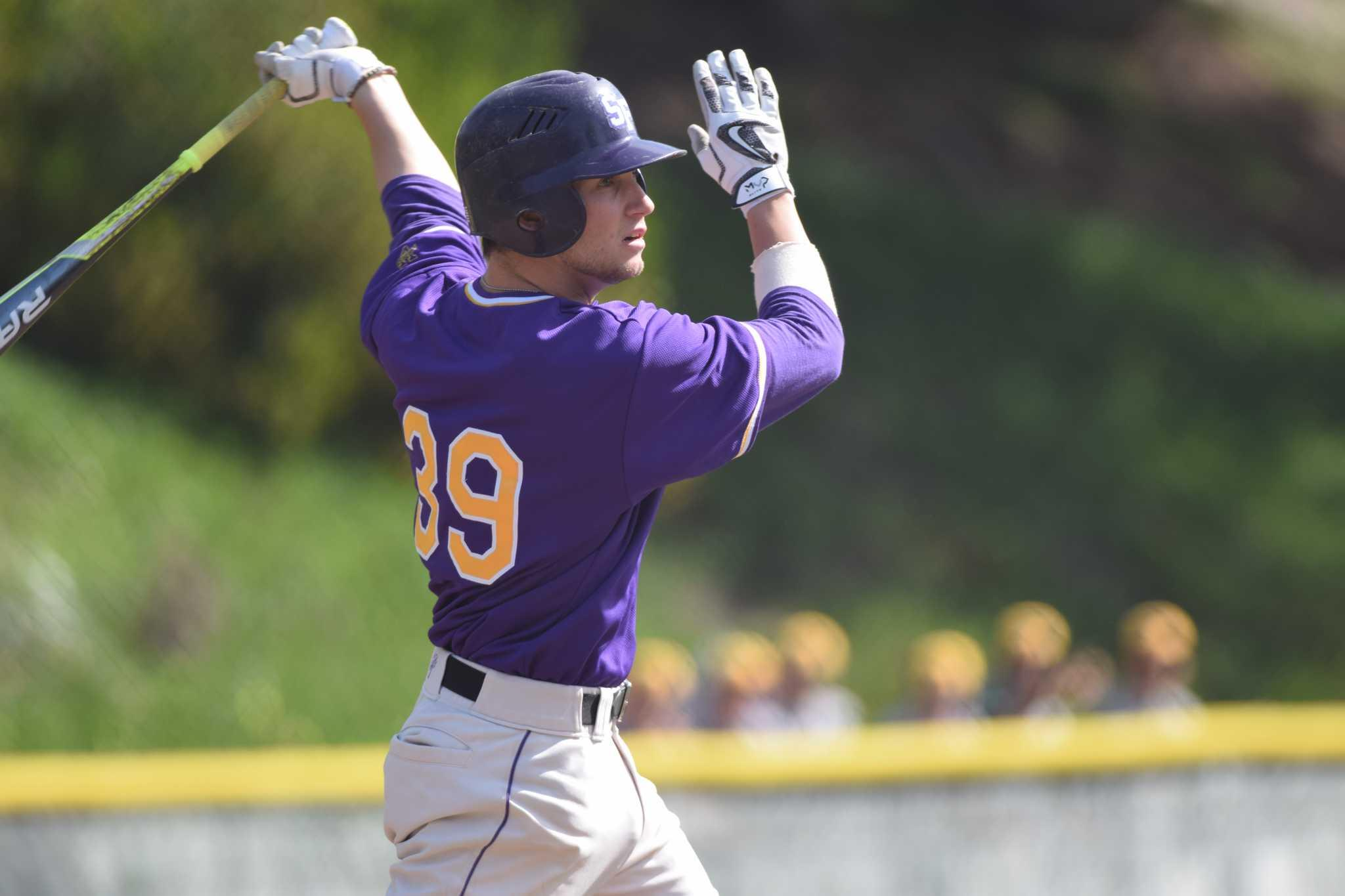 SF State Gators shortstop Bryce Brooks bats against the Cal Poly Pomona Broncos at Maloney Field, Saturday, Feb. 27. (Gabriela Rodriguez / Xpress)