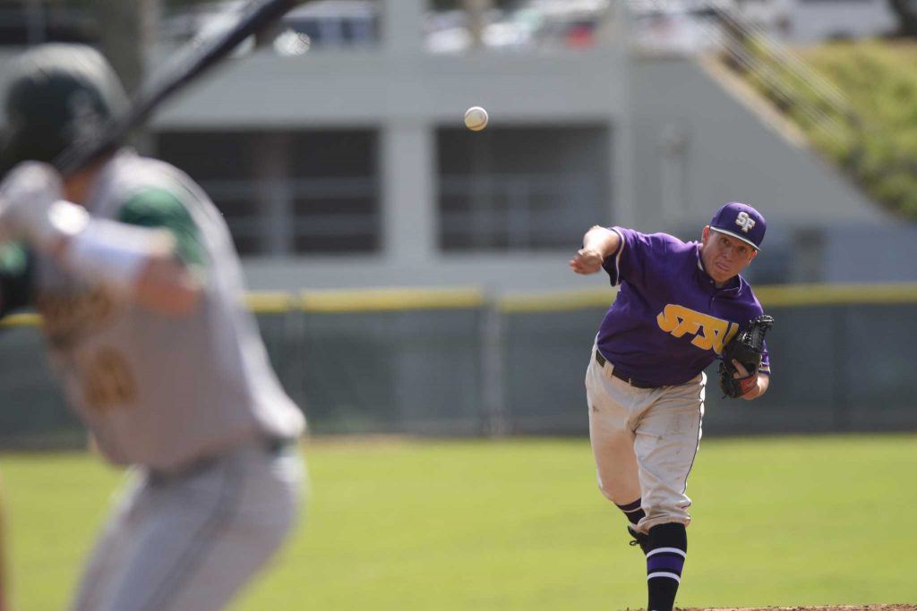 SF State Gators right handed pitcher Ryan Bohnet pitches to Cal Poly Pomona Broncos at their game Sat Feb. 27, 2016 at the Maloney Field at SF State. (Gabriela Rodriguez / Xpress)
