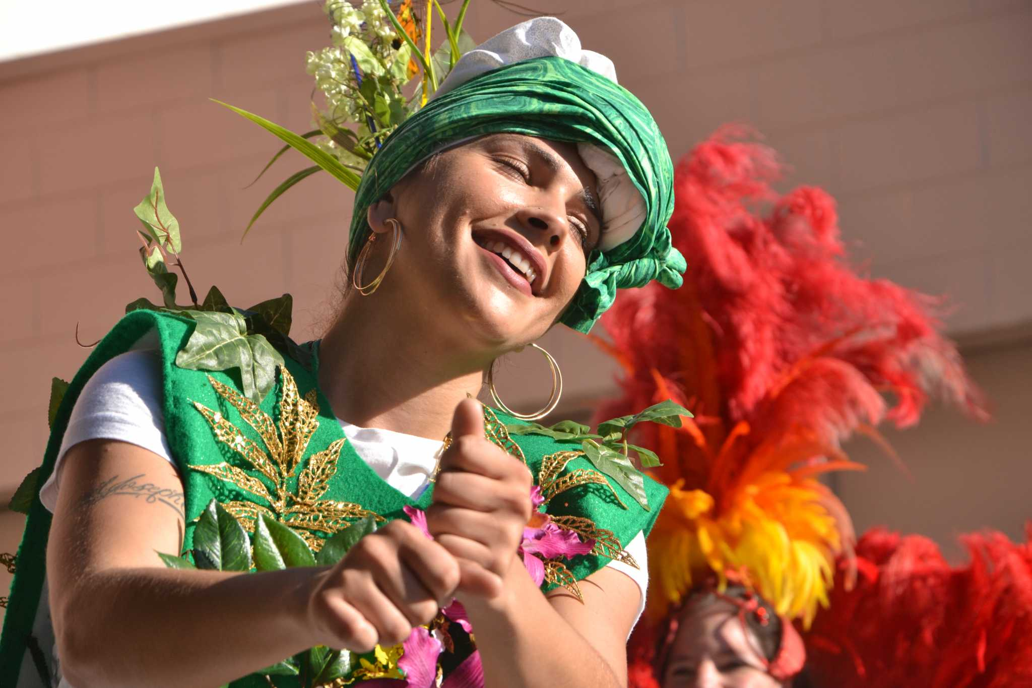 Escola Nova Samba dances at the Calle 24 Fiesta De Las Americas, on Sunday Sept. 17, 2017. (Golden Gate Xpress/Cristabell FIerros)