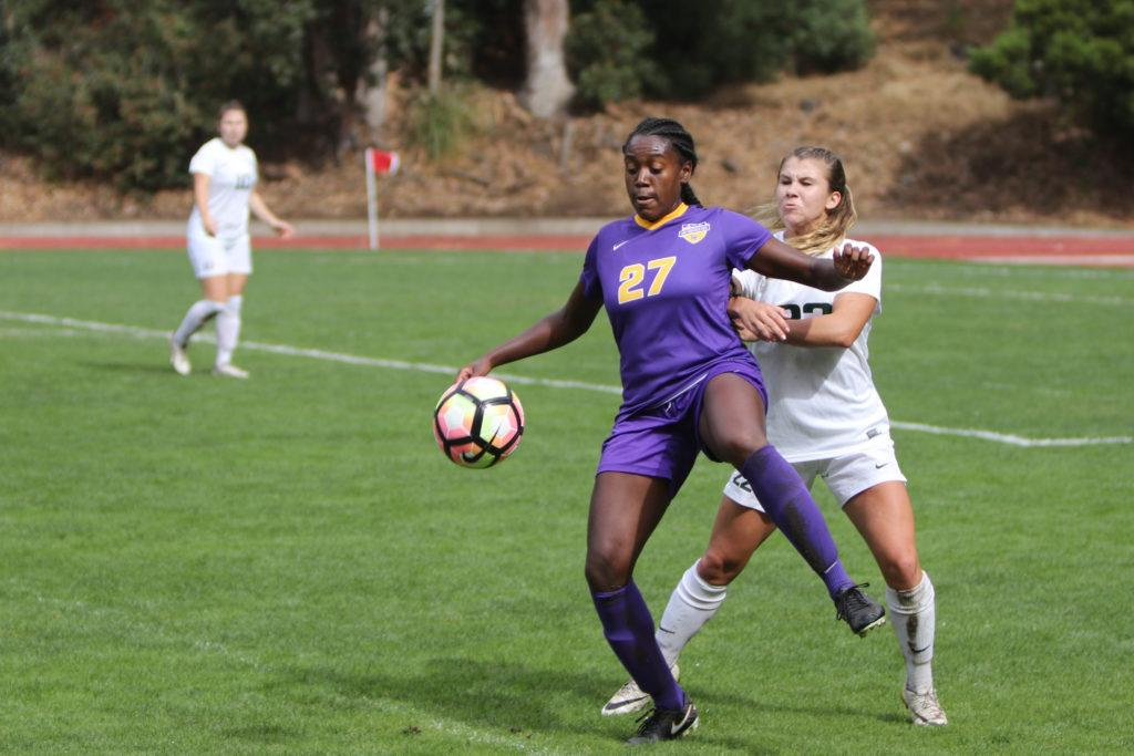Bianca+Lowe+%28%2327%29+tries+to+get+around+a+defender+during+a+soccer+game+against+Cal+Poly+Pomona+Broncos+at+Cox+Stadium+on+Friday%2C+Oct.+20%2C+2017.+%28Oscar+Rendon%2FGolden+Gate+Xpress%29