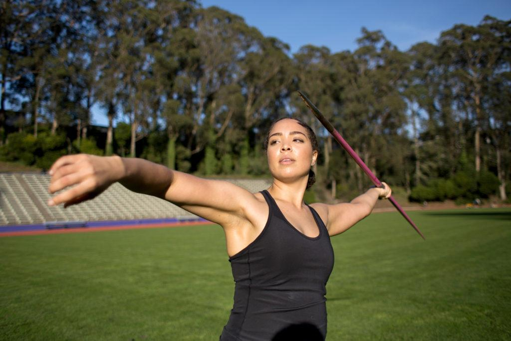 Simone Reynolds warms up at the track field at SF State on Wednesday, Jan. 31, 2018. (Travis Wesley/Golden Gate Xpress)