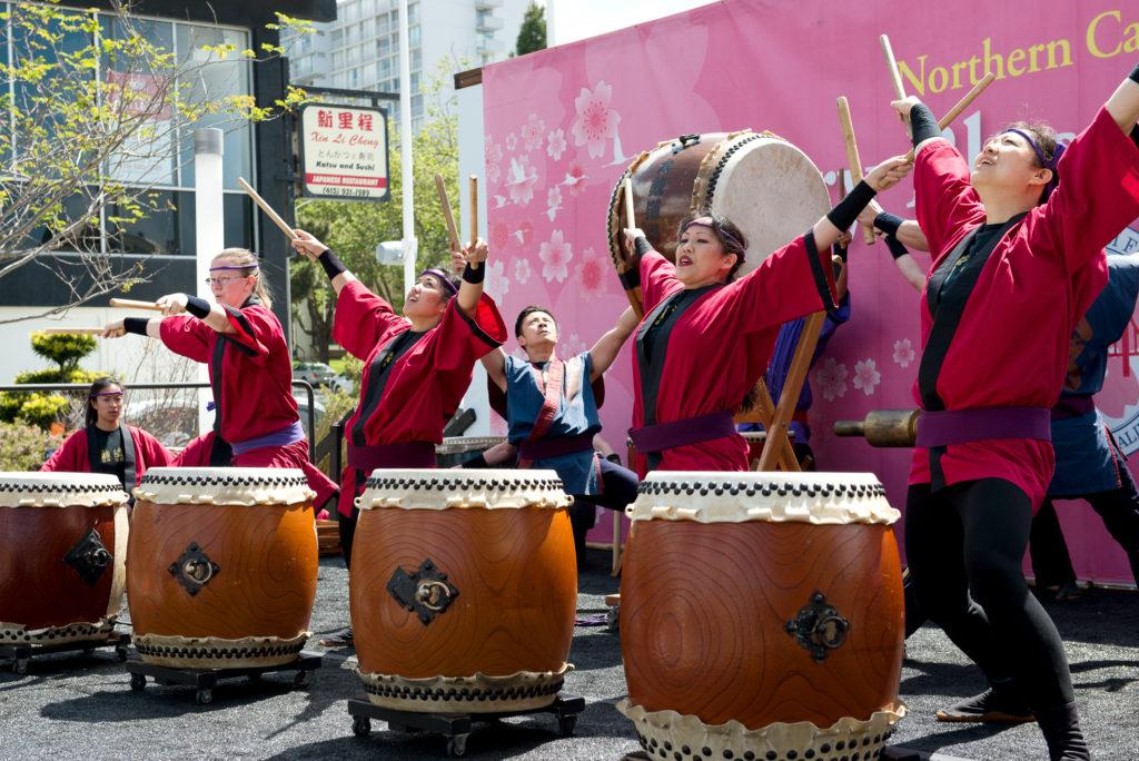 Melanie Veale, left, and her other members of the San Francisco Taiko dojo perform for the people attending the 2018 Northern California Cherry Blossom in San Francisco on Saturday, Apr. 15, 2010. (David Rodriguez/Golden Gate Xpress)