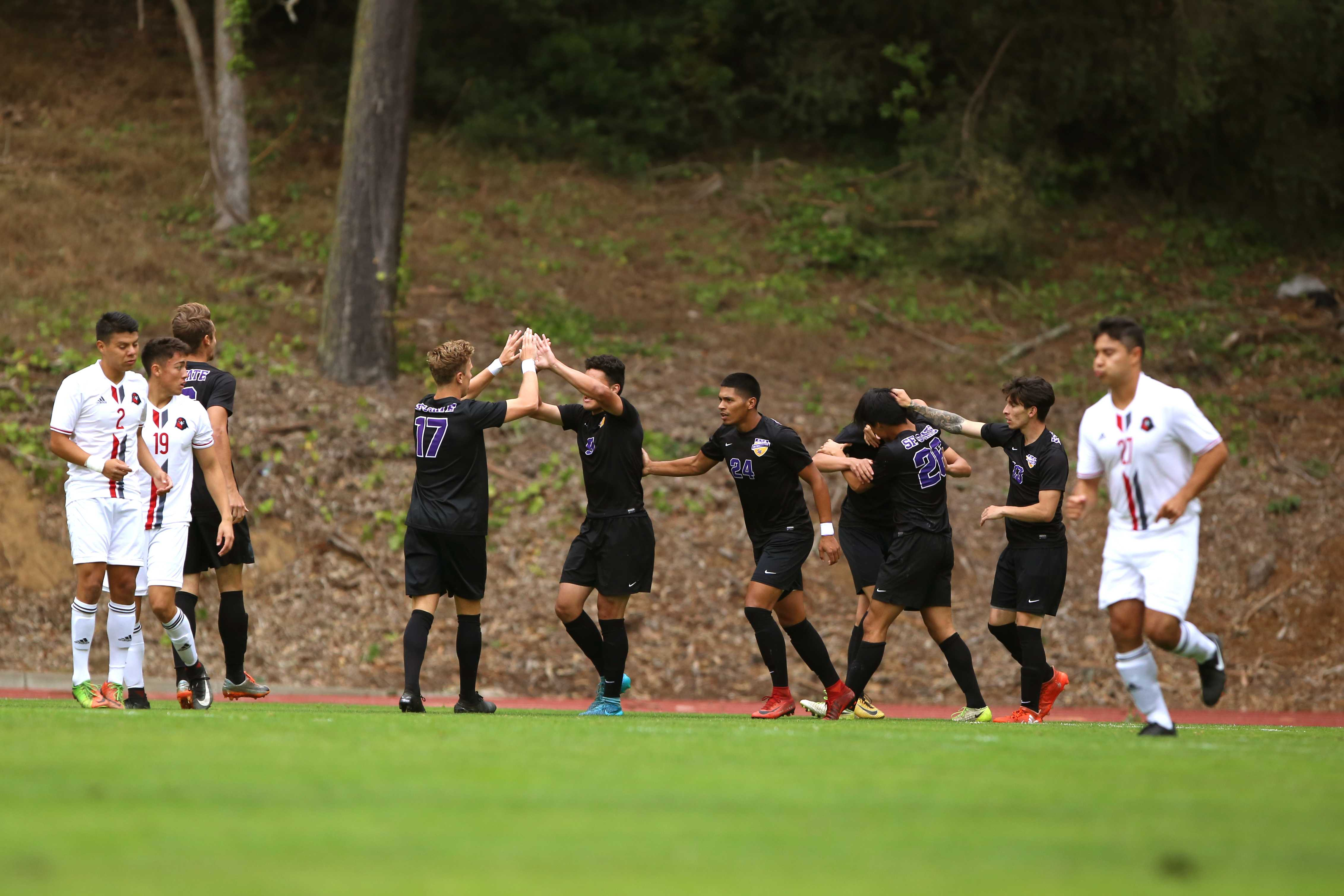 Men's soccer looks to remain undefeated against CSU Bernardino