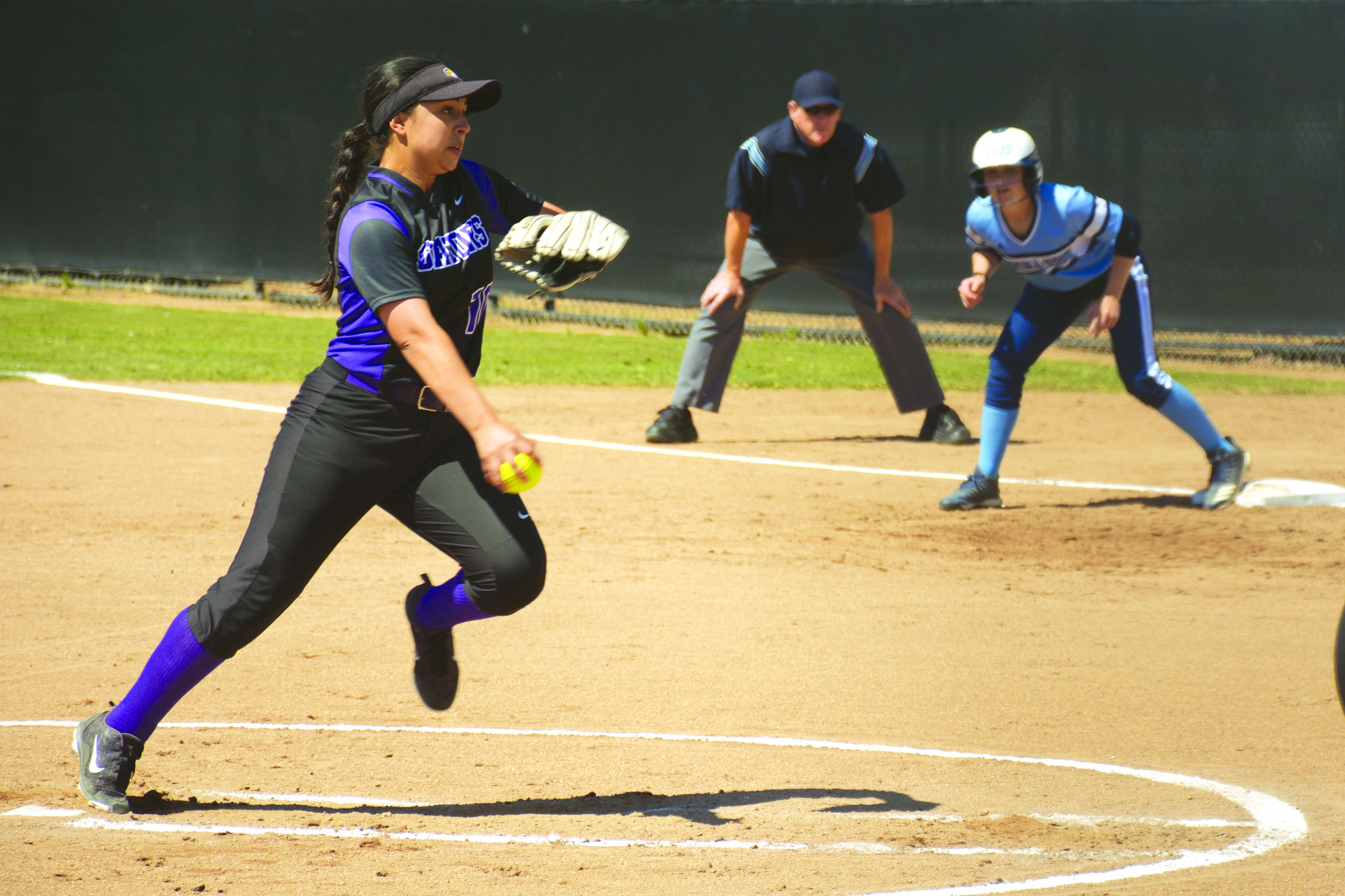 The Gators play the Sonoma State Seawolves in a doubleheader on Tuesday, April 9. (TRISTEN ROWEAN/ Golden Gate Xpress)