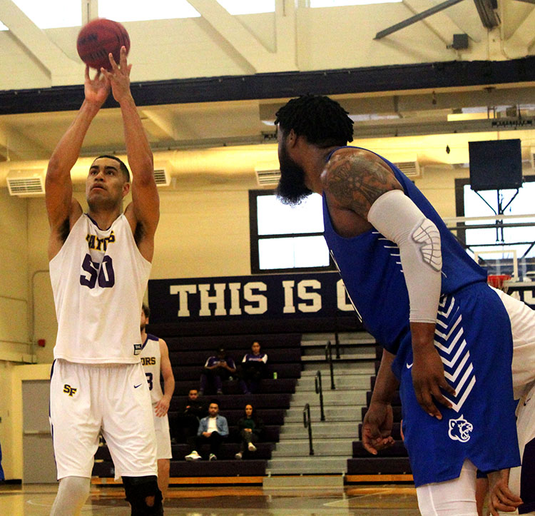 Gators seven-foot center, Tyler Jackson, sinks his only free throw attempt after being fouled. (Photo courtesy of Colin Reef / Golden Gate Xpress)