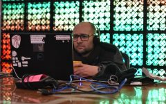 Underground computer culture welcomed by Noisebridge hackerspace