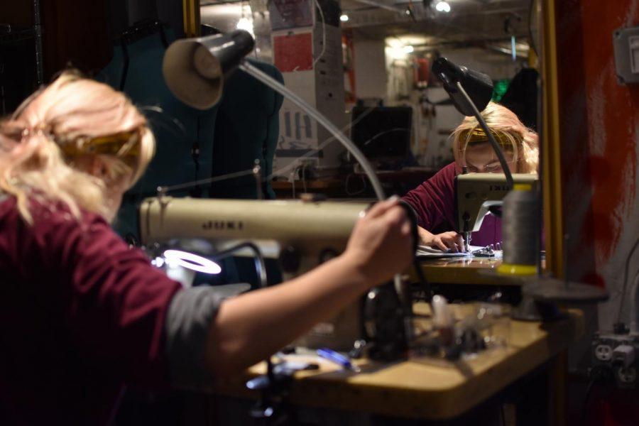 Olga Philippova uses the sewing machine at Noisebridge located 2169 Mission St, San Francisco, Calif. (James Wyatt/ Golden Gate Xpress)