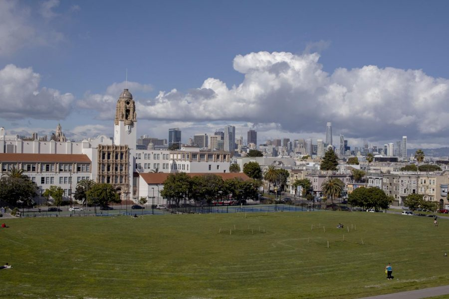 An+empty+Dolores+Park+is+what+remains+nine+days+after+Governor+Gavin+Newsom+gave+a+statewide+order+to+%E2%80%9Cshelter-in-place%E2%80%9D+on+Monday%2C+March+25%2C+2020.+%28Emily+Curiel+%2F+Golden+Gate+Xpress%29