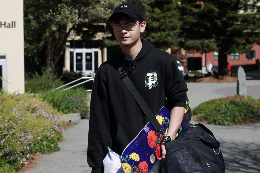 Freshman Tyler Nguyen prepares to leave campus after the announcement from Residential Life (Siobhan Eagen / Golden Gate Xpress)