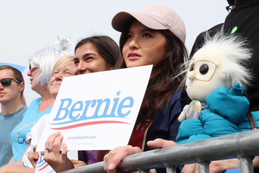 Sanders supporter looks on to the senator as he speaks at Great Meadow Park in San Francisco (Photo by Andrew R. Leal