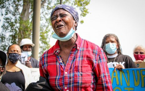 A Bayview-Hunters Point resident who identifies herself as 'Little Bit' bursts into tears as she talks about the impact of environmental pollution on her family during the press conference. (Golden Gate Xpress/ Bayview-Hunters Point, San Francisco, CA, Sept. 1, 2020)