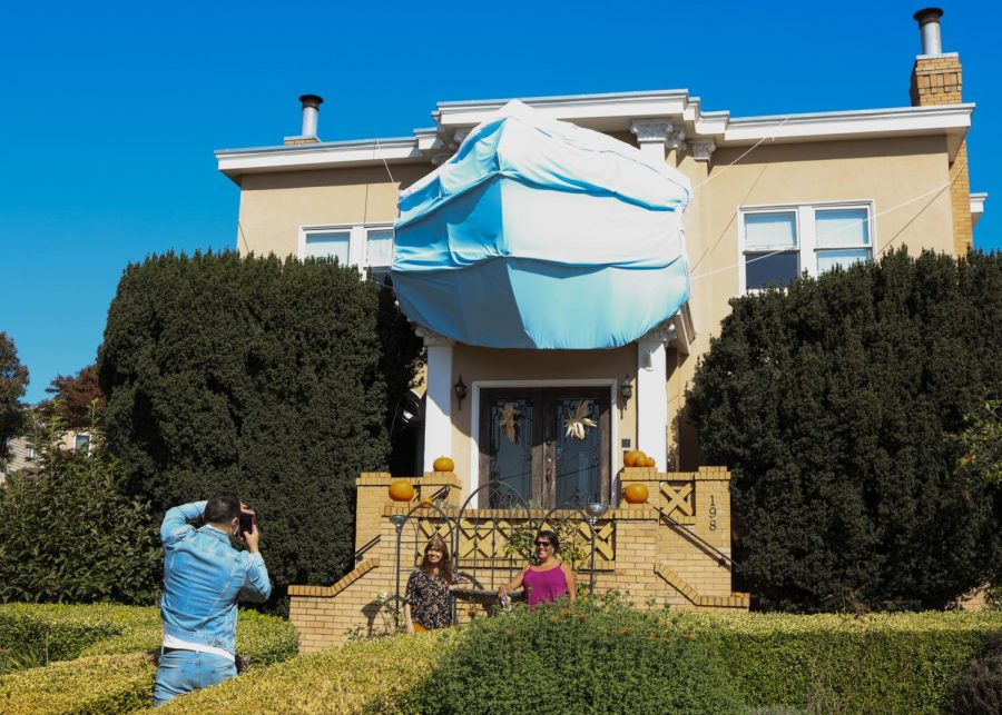 A West Portal home decorated for Halloween with a giant face mask in San Francisco on Oct. 23, 2020. (Dyanna Calvario / Golden Gate Xpress)