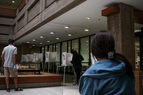 Voters cast their ballots at the Santa Clara County Registrar of Voters in San Jose, Calif., on Oct. 7, 2020. Despite the 2020 election having record voter turnout, about 116 million citizens are believed to have not voted. (Harika Maddala / Golden Gate Xpress)