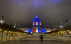 San Francisco City Hall turns their lights red, white and blue for Election Day on Nov. 3, 2020, after the state was announced to give its Electoral College votes to former VP Joe Biden  (Dyanna Calvario / Golden Gate Xpress)