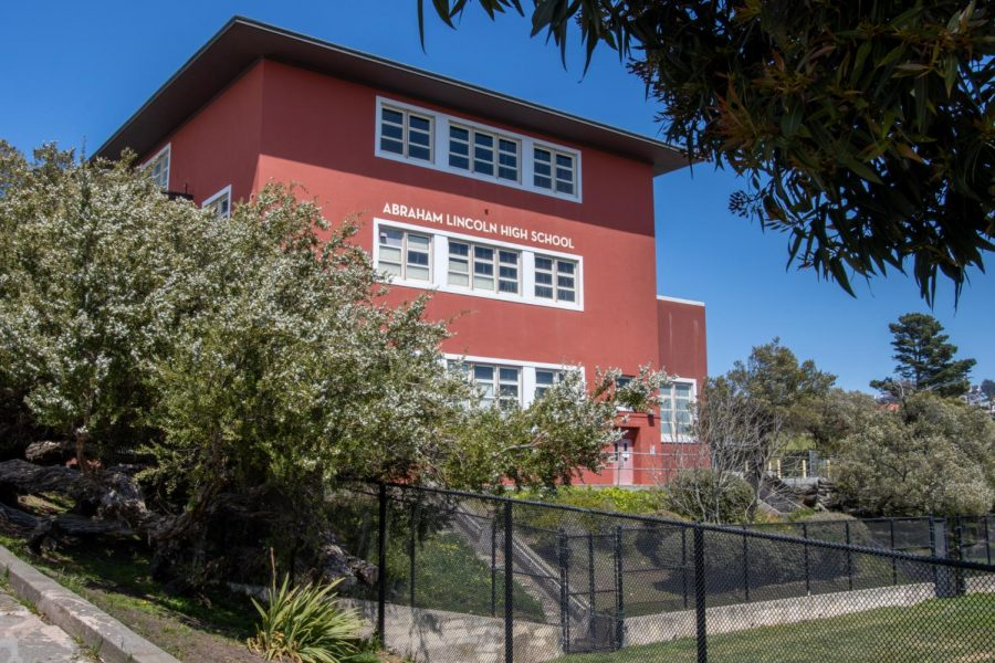 An image of one of the buildings within Abraham Lincoln High School. This high school, along with 43 others in San Francisco, was proposed to have its name changed due to these schools being named after specific people and their connection to enslavement and oppression. (Amalia Diaz / Golden Gate Xpress)