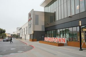 The new expansion of Stonestown Galleria along 20th Avenue on April 21, 2021. The proposed development would reconfigure 20th Avenue, add new buildings containing additional retail and restaurant spaces. (Cameron Lee / Golden Gate Xpress)