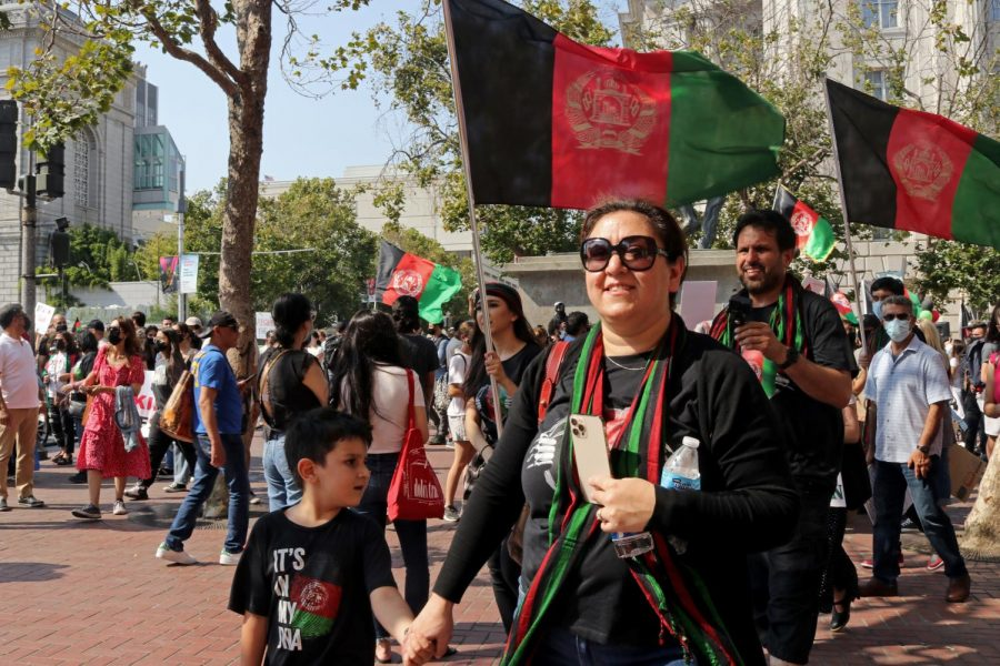 Participants of 'Protest to Save Afghanistan' join the solidarity march from United Nations Plaza toward Union Square on Aug. 28,2021. (Sabita Shrestha/ Golden Gate Xpress)